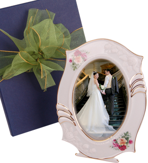 Wedding Gift Ideas For Bride Malaysia : Wedding gift for bride Malaysia Wedding Gifts 3WA3-Classic Memories ...