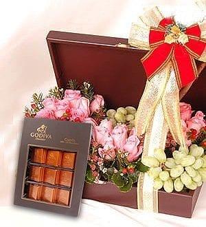 godiva chocolate gift - Chocolate Gifts - Lingonberry