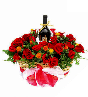 Online Wedding Gift Delivery Malaysia : ... Roses Gift Delivery Red Bouquet Gift Set Online Florist Malaysia