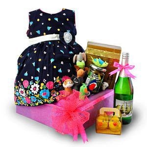 baby girl hampers Malaysia - Pretty Laurababy girl hampers Malaysia - Pretty Laura