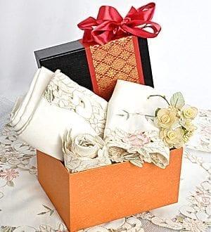 Diwali gifts for family Malaysia 2018 - Divesti EmbroideryDiwali gifts for family Malaysia 2018 - Divesti Embroidery