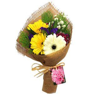 Flower Bouquet Shah Alam Malaysia - hand bouquet Mini Daisy gerberas