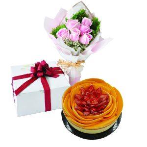Cake Flower Combo - Berry Peachy Mango Cheese, VegetarianCake Flower Combo - Berry Peachy Mango Cheese, Vegetarian