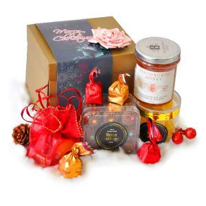 Christmas Gift Box Malaysia - Oakleaf Xmas gifts 2020Christmas Gift Box Malaysia - Oakleaf Xmas gifts 2020